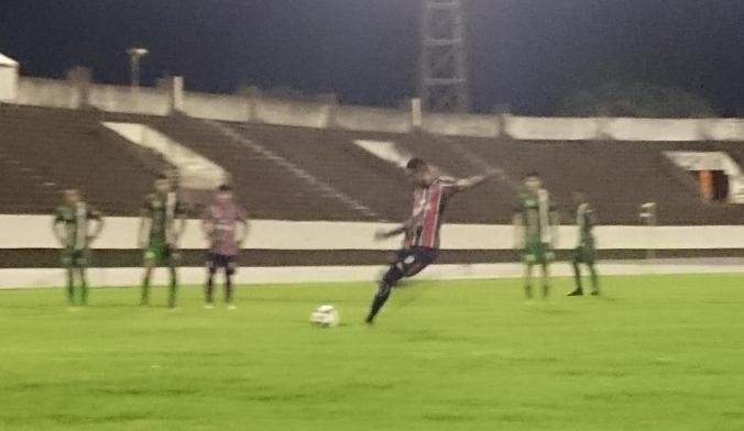 everton-penalti-retranca.blog_